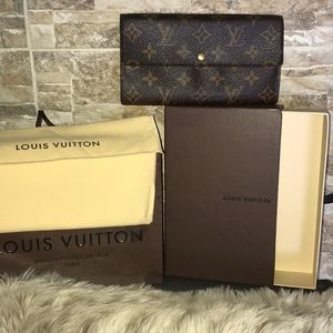 💯♥️Authentic LV Sarah Wallet Lovely Condition♥️